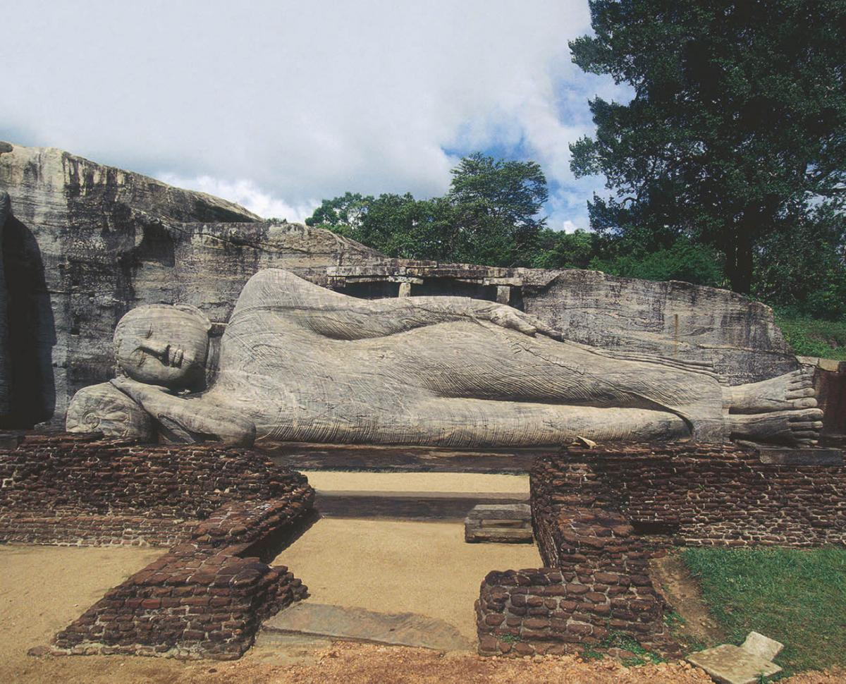 Parinirvana Buddha, Gal Vihara, Polonnaruwa, Sri Lanka, 11th–12th century Stone, Length c. 14 m (45 ft 111⁄4 in. Photo credit: Pierre Vauthey/Sygma/Getty Images