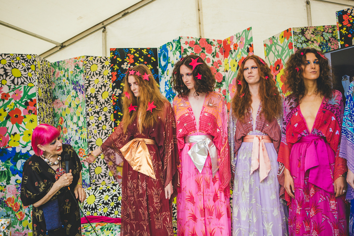 Five Essential Facts About Fashion Designer Zandra Rhodes The Arts Society