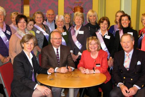 Volunteers with Antique Roadshow Experts